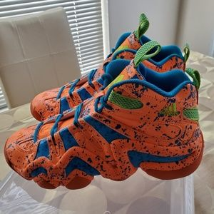 adidas Torsion System Basketball Shoes. Size: 7